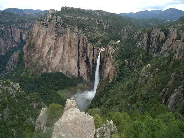 Cascada de Basaseachi en Chihuahua