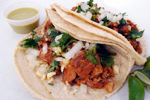 Platillo Tipico de la Ciudad de México - Tacos al Pastor