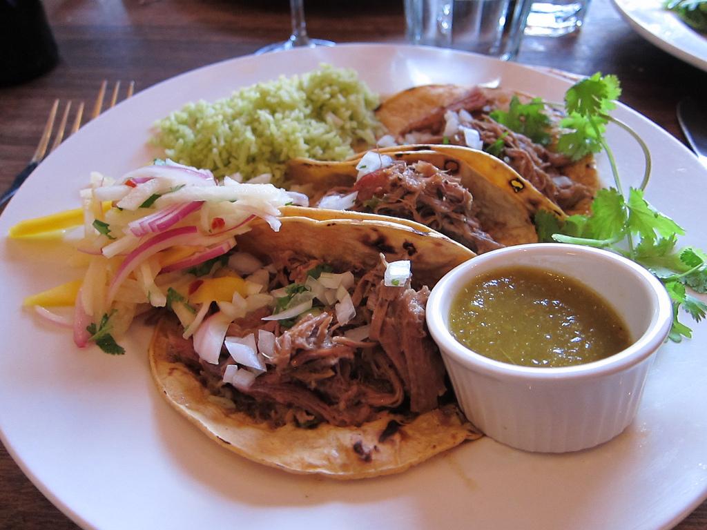 Platillo Típico - Tacos de Barbacoa