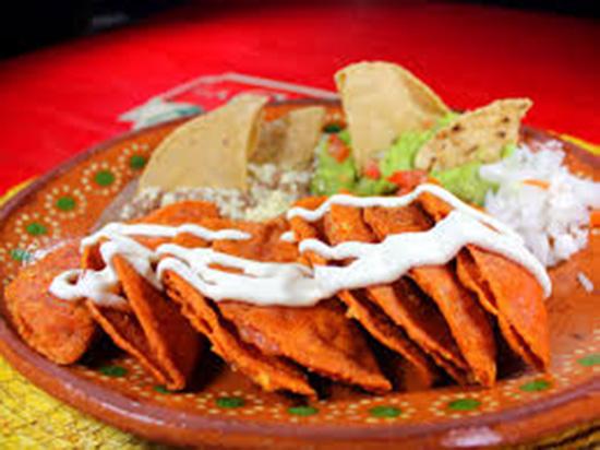 Platillo Típico -Enchiladas Potosinas